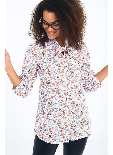 Emjey Boyun Bağlamalı Kır Çiçek Desenli Gömlek Renkli